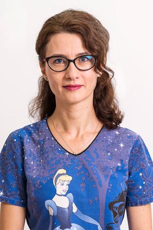 Dr. Adina Grigorescu